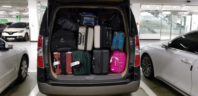 많은 짐을 적재할 수 있는 트렁크#3